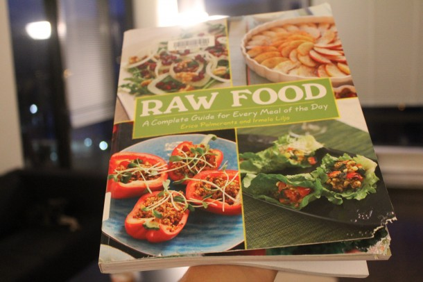 Raw Food uncooking book