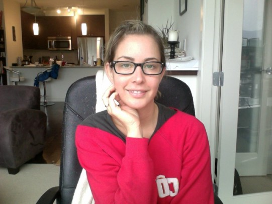 Amanda Sellers, new glasses