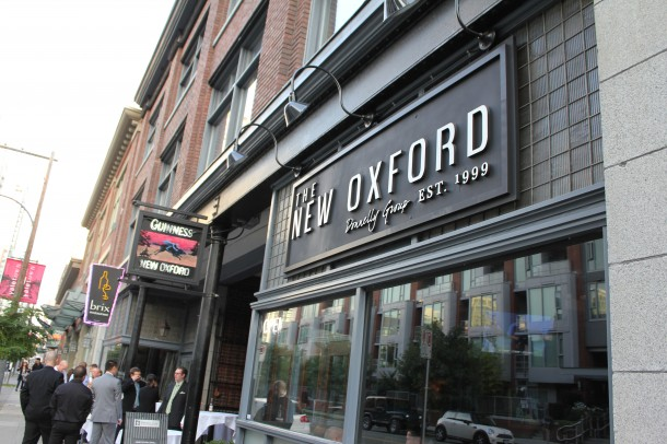 The New Oxford Pub, yaletown