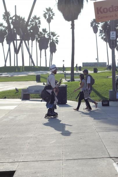 crazy guy venice plays guitar